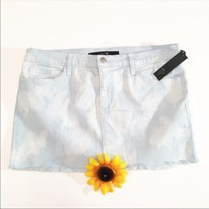 NWT Joe's Jeans light wash mini denim skirt 31